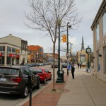Downtown Oakville shopping and restaurants